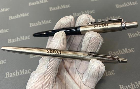 гравировка на ручках и карандашах Parker